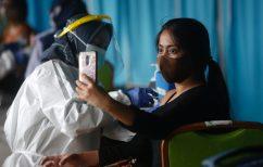 ΝΕΑ ΕΙΔΗΣΕΙΣ (Μόσιαλος: Πότε πρέπει να προσέχουν περισσότερο όσοι έχουν κάνει το εμβόλιο)
