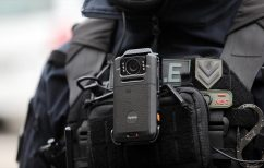 ΝΕΑ ΕΙΔΗΣΕΙΣ (Χρυσοχοΐδης για κάμερες στους αστυνομικούς: Μια εικόνα, ένας ήχος, όλη η αλήθεια)