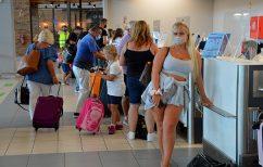 ΝΕΑ ΕΙΔΗΣΕΙΣ (Βρετανία: Από Ιούνιο διακοπές χωρίς καραντίνα σε Ελλάδα, Γαλλία, Ισπανία)