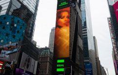 ΝΕΑ ΕΙΔΗΣΕΙΣ (Ελένη Φουρέιρα: Σε billboard στην Times Square – Nέα διεθνής διάκριση για την τραγουδίστρια)