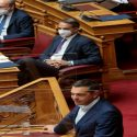 ΝΕΑ ΕΙΔΗΣΕΙΣ (Τσίπρας για εργασιακό: Ξεστοκάρετε πάνω στους νέους όλο το μίσος των αυταρχικών καθεστώτων)